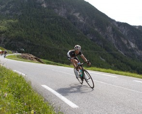 Frank Schleck Descends the Col D'izoard